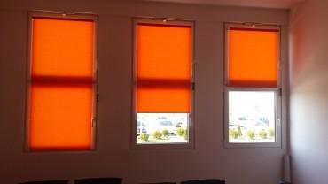 5 razloga zašto treba ugraditi rolo zavese za krovne prozore umesto običnih zavesa?